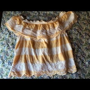 American Eagle Blouse, Good Condition.